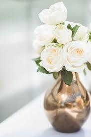White Vase White Roses Gold Vase Gt Wedding Season Pinterest Gold