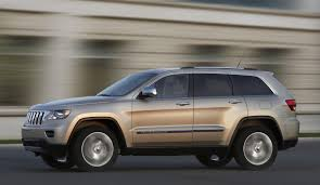 difference between jeep grand laredo and limited 2011 jeep grand conceptcarz com