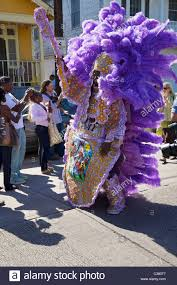 mardi gras indian costumes a mardi gras indian wearing traditional made costume sewn