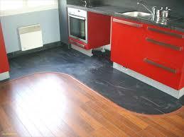 cuisine plancher bois revetement sol de cuisine charmant nouveau sols exterieur pour
