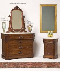 hap moore antiques auctions march 1 2008 three piece walnut bedroom group