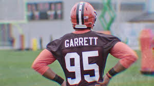 brown s day browns rookie minic 2017 day 1