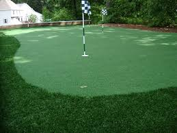 Artificial Backyard Putting Green by Artificial Putting Surfaces