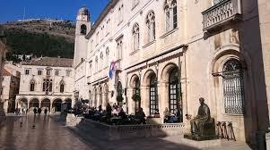 Gradska Kavana Arsenal Restaurant Gradska Kavana Arsenal In Dubrovnik Croatia Lonely Planet