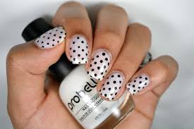 diy classy polka dots nail art using only a toothpick youtube