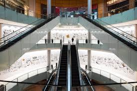 apple opening third retail store in the uae u2013 and it u0027s huge t3
