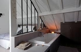 salle de bain dans chambre sous comble la verrière intérieure en 62 idées pour toute la maison photos