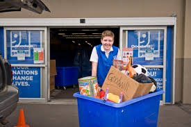 Downsize Image Downsizing Baby Boomers Help Goodwill Set Donation Record New