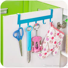 Kitchen Cabinet Door Storage by 2017 5 Hooks Iron Over Door Rack For Kitchen Cabinet Cupboard Door