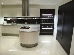 cuisine arrondi cuisines avec ilot central arrondi cuisine idées de décoration