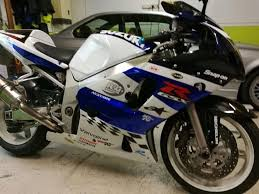 600cc honda 2002 suzuki gsxr 600cc k2 not gsxr 1000 yamaha r1 honda bandit
