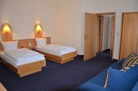 Schreibtisch F 2 Personen Unsere Hotelzimmer In Potsdam Fritz Aparthotel Potsdam