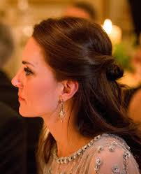 kate middleton diamond earrings diamond earrings how much do kate middleton s clothes