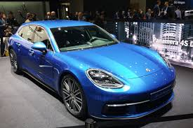 new porsche 4 door new porsche panamera sport turismo breaks cover at geneva motor
