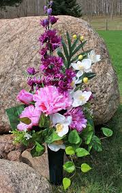 cemetery flowers best 25 cemetery flowers ideas on memorial meaning