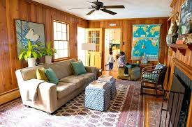 how to decorate wood paneling decorating a wood paneled room wall paneling ideas living room