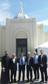 Dign Dignitaries Attend Special Tours Of Tucson Arizona Temple Church