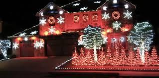 christmas lights in alabama yea alabama synced to 25 000 christmas lights is incredible video