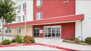 family garden laredo motel 6 laredo airport hotel in laredo tx 54 motel6 com
