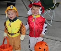 best places for trick or treating in houston mommypoppins