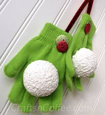 easy gift idea mitten snowball ornaments crafts n coffee