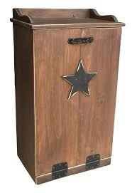 95 best trash bins images on pinterest trash bins primitive country style trash can too cute