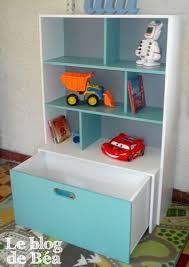 etagere pour chambre diy étagère pour chambre d enfant et coffre à jouets le de