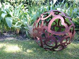 contemporary garden ornaments metal garden decorations