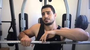 Decline Vs Flat Bench How To Bench Press Tutorial Incline Decline Flat Youtube