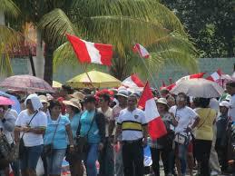 Huelga Flag File Profesores Y Medicos Protestan En La Huelga Nacional Peruana