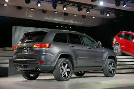 jeep wagoneer 2019 2019 jeep grand cherokee engine hd photo new car release preview