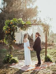 Jungalow Jungalow Desert Elopement Inspiration With A Backdrop You Need To
