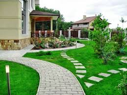 Walkway Ideas For Backyard by 25 Yard Landscaping Ideas Curvy Garden Path Designs To Feng Shui