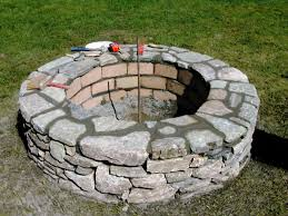 Build Firepit How To Build A Brick Firepit With Concrete Fireplaces