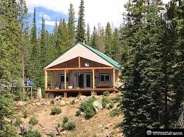 bedroom log cabin homes for sale in wyoming pictures of house