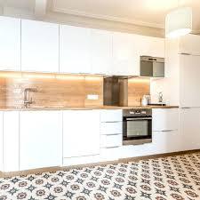 cuisine lineaire cuisine lineaire design agrandir une cuisine en couloir immaculace