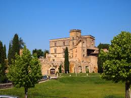 chambre d hote lourmarin château de lourmarin office de tourisme luberon cœur de provence