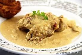 cuisiner le lapin à la moutarde recette lapin à la moutarde à la cocotte la cuisine familiale un