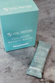 collagen beauty smoothie bowl sivan like the sea sivan like