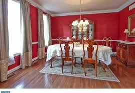 Chair Rails In Dining Room by Traditional Dining Room With Chair Rail U0026 Hardwood Floors In