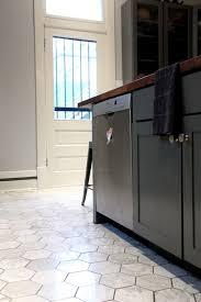 tiled kitchen floor ideas kitchen floors tile playmaxlgc