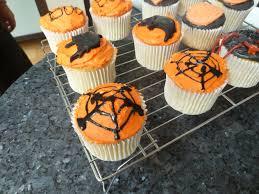 halloween cake decorations uk how to make cakes halloween cupcakes