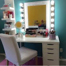 Diy Makeup Vanity Desk Diy Vanity Mirror With Lights For Bathroom And Makeup Station