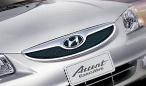 hyundai india accent 2011 hyundai accent launched in india indiandrives com