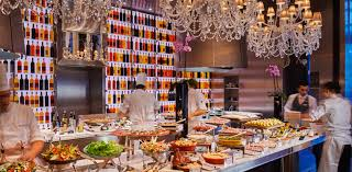 restaurant la cuisine royal monceau le royal monceau brunch de luxe pâtisseries ph restos