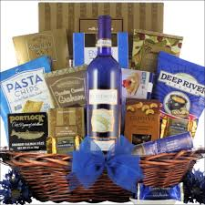 wine and gift baskets bartenura moscato hanukkah gourmet kosher hanukkah wine gift basket