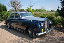 rolls royce vintage rolls royce silver cloud vintage wedding car hire distinctly