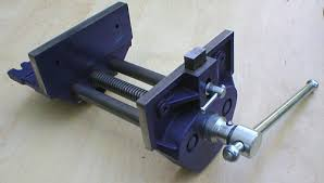 Woodworking Bench Vise Installation by Woodworking Vise Type 52 With Quick Release Mechanism Fine Tools
