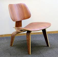 lcw lounge chair by charles and ray eames for herman miller n9818