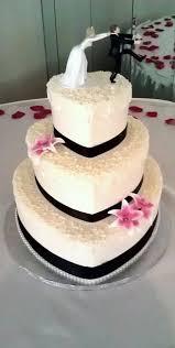 heart wedding cake 13 perfectly sweet heart shaped wedding cakes topweddingsites